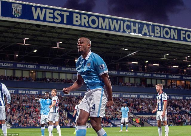 Trung vệ đội trưởng Vincent Kompany ấn định chiến thắng 3-0 cho Man City