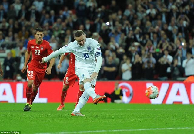 Vượt mặt huyền thoại Bobby Charlton,Wayne Rooney  trở thành chân sút vĩ đại nhất cho đội tuyển Anh với 50 bàn thắng