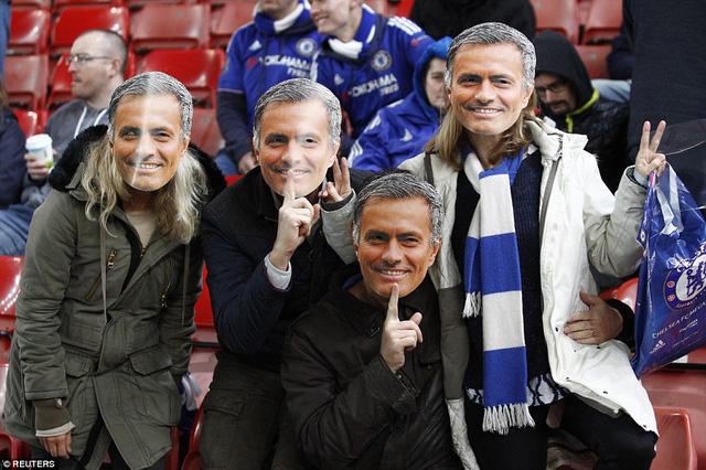 Mourinho có tiếp tục nhận được sự ủng hộ từ các CĐV Chelsea?