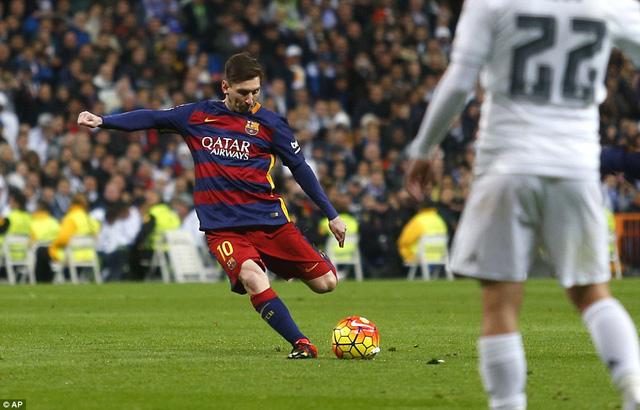 Messi vào sân ở hiệp 2 nhưng cũng khiến hàng thủ Real nhiều lần chao đảo