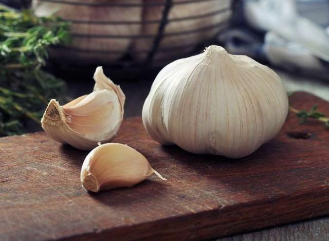 Nha đam là loại thảo dược dành cho những vết bỏng nhẹ (bỏng độ 2), như một nghiên cứu trên tờ