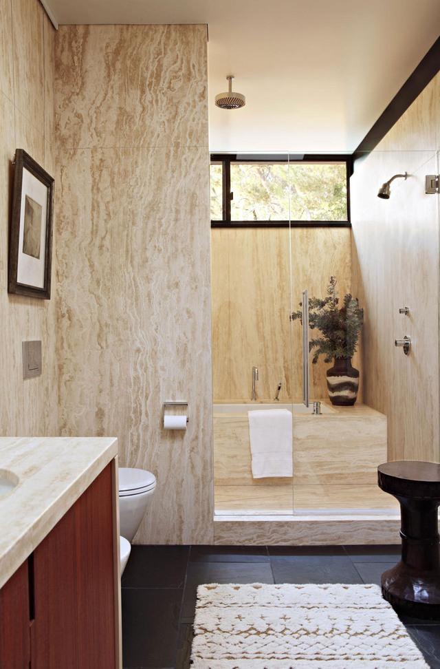 Các KTS luôn đề cao ánh sáng tự nhiên khi thiết kế phòng tắm