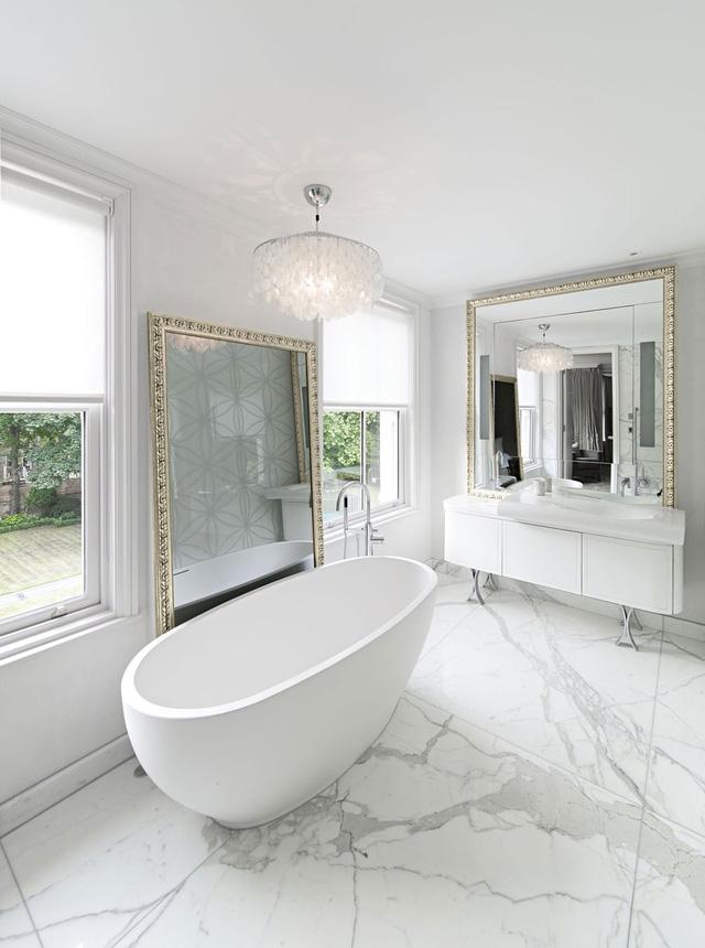 Đối với những người yêu thích sự giản đơn, tinh tế, đá hoa cương màu trắng hẳn sẽ là sự lựa chọn thích hợp