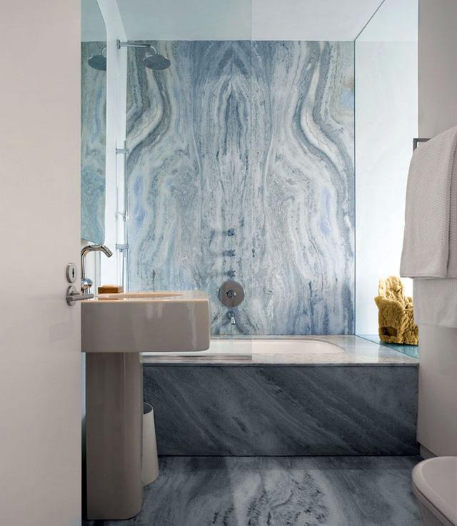 Gam màu xám xanh cũng là một sự lựa chọn tuyệt vời cho phòng tắm