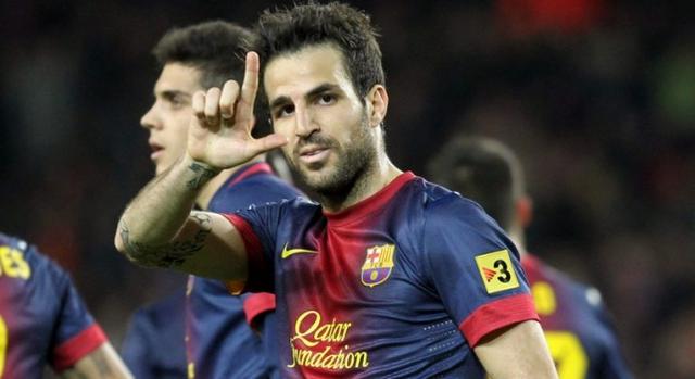 Màn tái ngộ của Fabregas với Barcelona không mang tới nhiều niềm vui cho đôi bên.