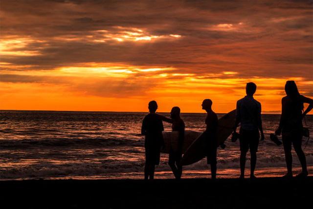 Bãi biển Playa Jacó (Costa Rica) - Ảnh: Eric Bennett.
