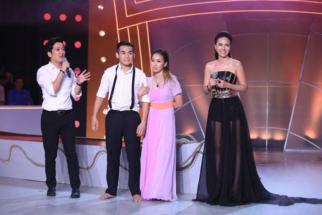 Điểm từ Ban giám khảo dành cho Ngọc Sơn là 9,8 sau 2 bài nhảy, cùng với 0,9% trọng lượng cơ thể, nam thí sinh bước vào vòng an toàn với 10,7 điểm.