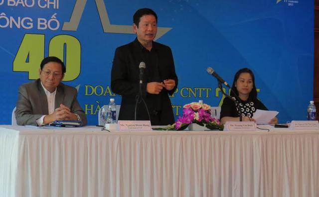 Ông Trương Gia Bình, Chủ tịch Vinasa cho biết, 40 DN được xếp hạng năm nay có những gương mặt mới và các tên tuổi cũ, được lựa chọn dựa trên các tiêu chí về doanh số, khả năng tạo công ăn việc làm và tốc độ tăng trưởng...