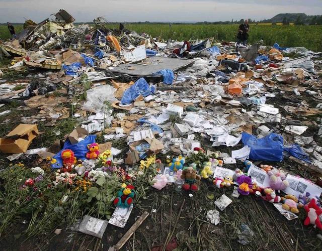 Thảm kịch MH17 đã cướp đi mạng sống của 298 người, trong đó, gần 200 người mang quốc tịch Hà Lan