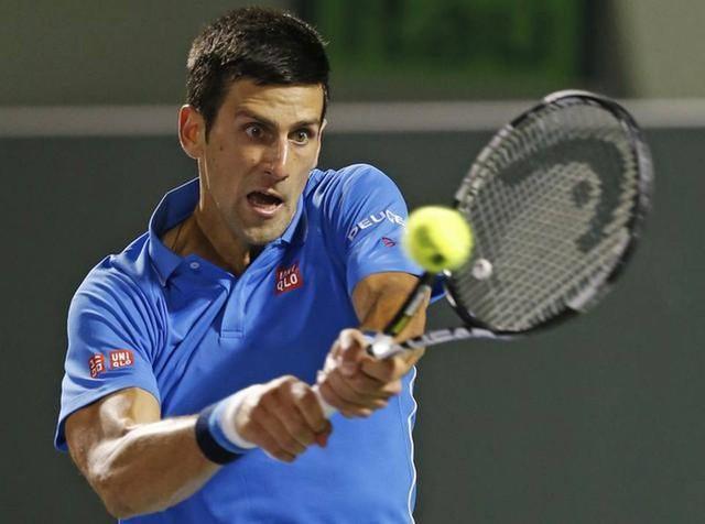 Novak Djokovic đã có một trận đấu khó khăn ngoài dự kiến