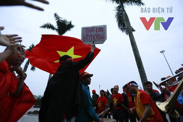 AFF Cup tổ chức tại Việt Nam chưa đem lại niềm vui cho người hâm mộ.