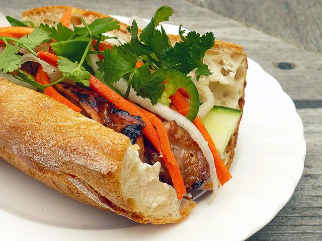 Báo Mỹ ca ngợi: Vì sao nên ăn nhiều món Việt hơn nữa?