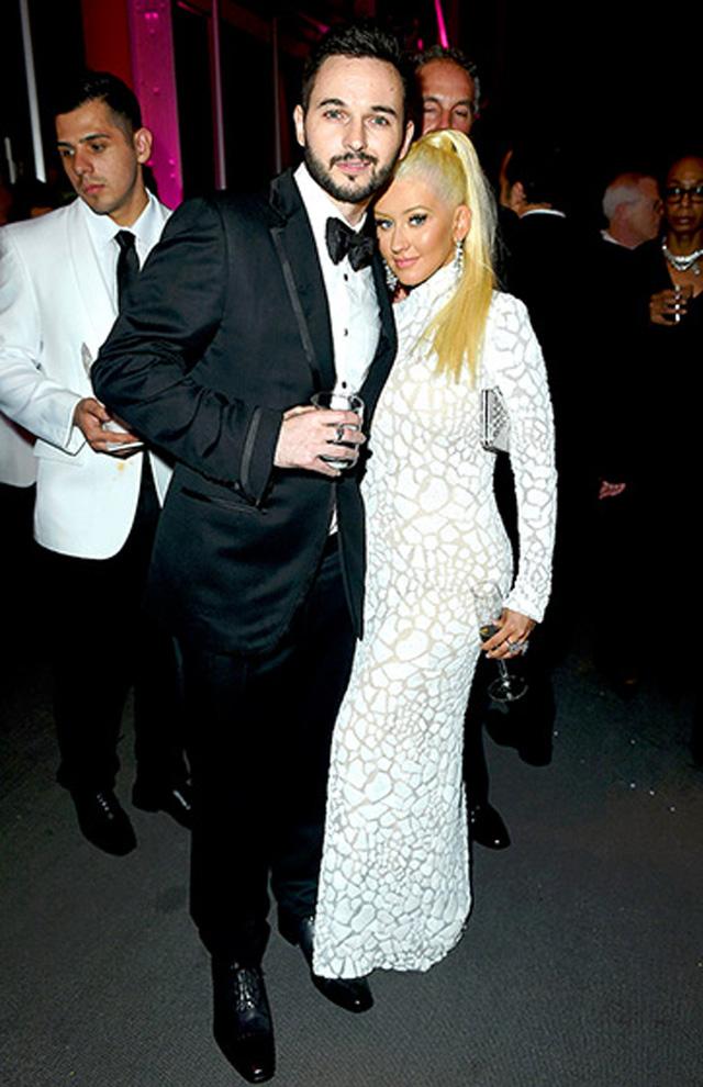 Christina Aguilera xuất hiện ở bữa tiệc bên hôn phu Matt Rutler.