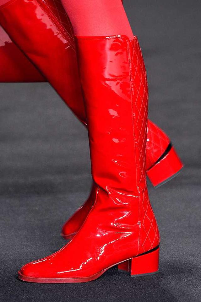 Boots da bóng mang màu sắc nổi bật của Bregazzi.