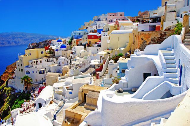 Nếu có cơ hội, hãy xách vali và thẳng tiến tới Santorini!