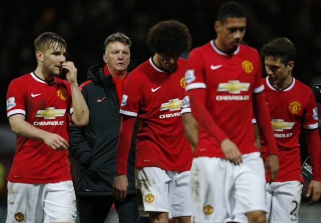 Van Gaal sẽ mất việc ngay sau vòng đấu 18 Ngoại hạng Anh?