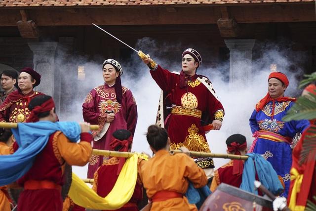Vua Quang Trung lệnh cho ba quân Bắc tiến bằng một cuộc hành quân thần tốc.