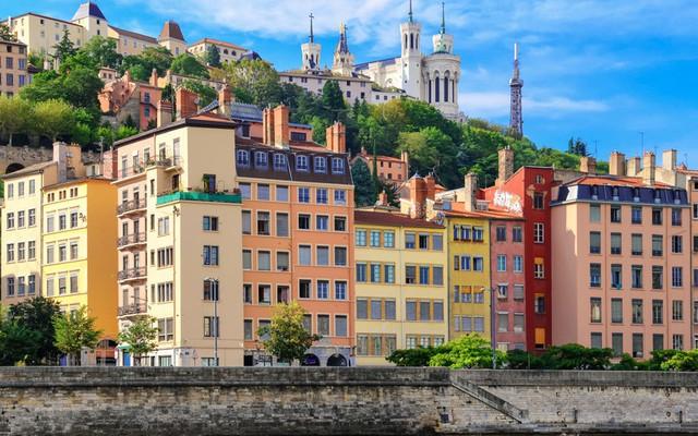 Lyon (Pháp) là nơi hội tụ nhiều đầu bếp tài năng với hơn 20 nhà hàng nổi tiếng thế giới.