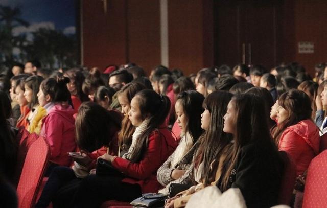 Khán giả Quảng Bình đã có một buổi giao lưu thú vị với những người làm truyền hình