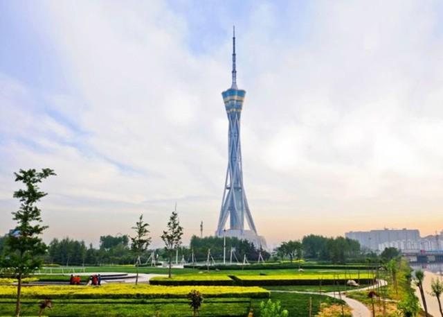 Tháp Zhongyuan, Trịnh Châu, Trung Quốc cao 388m, khánh thành năm 2011 - Ảnh: pinterest.com.