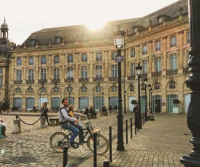 Nét thanh bình ở Bordeaux, Pháp
