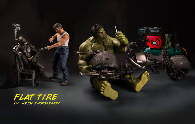 Hulk sửa xe cho Batman