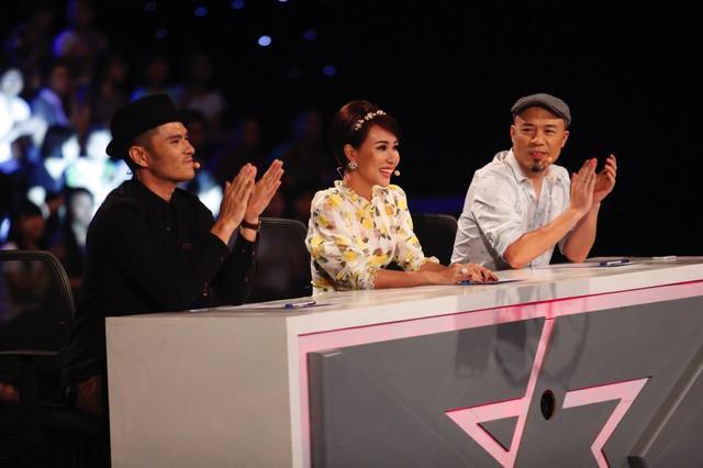 Bộ ba giám khảo Huy Tuấn, Uyên Linh và Alex Tú Nguyễn