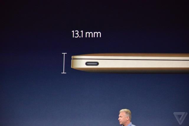 Máy có độ dày 13,1 mm