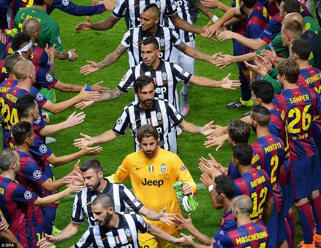 Trận chung kết căng thẳng nhưng rất fairplay. Hai đội cống hiến những pha bóng hay, ít bạo lực khiến khán giả mãn nhãn.