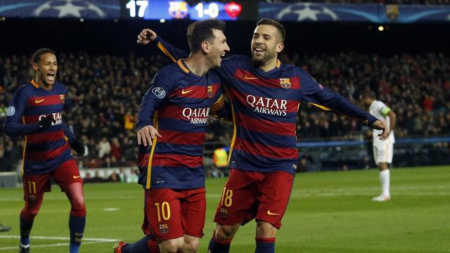 Barcelona tỏ ra quá mạnh với AS Roma.