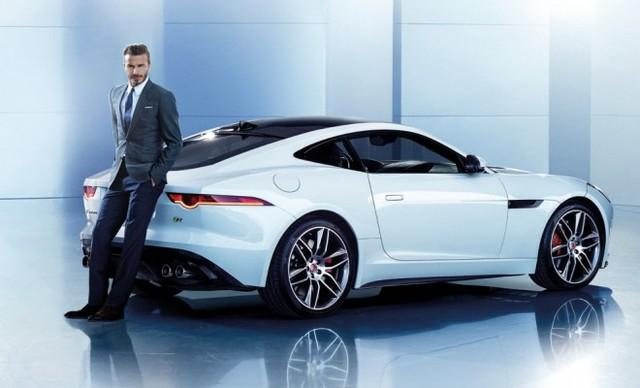 Anh trở thành gương mặt đại diện mới của chi nhánh hãng Jaguar ở Trung Quốc từ năm 2014.