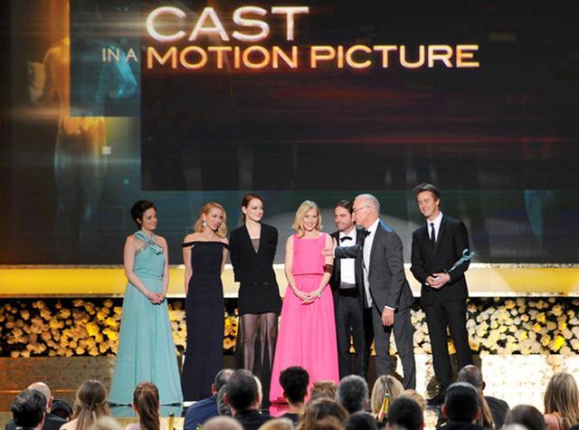 Phim Birdman giành giải Dàn diễn viên xuất sắc nhất ở thể loại Phim điện ảnh.