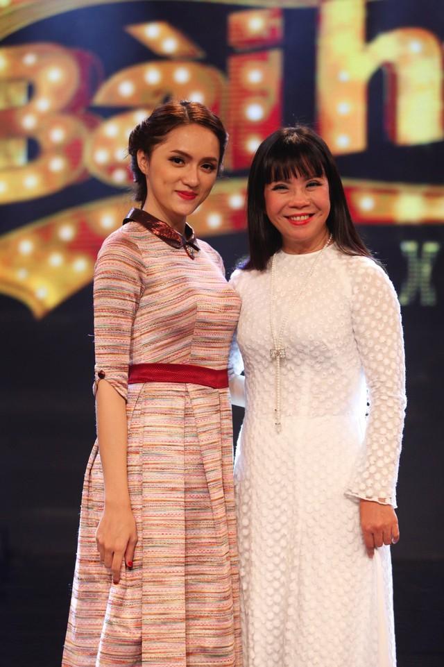 Hương Giang Idol và giám khảo Ánh Tuyết