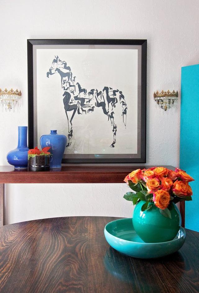 Một bức tranh ấn tượng có hình ngựa ghép.