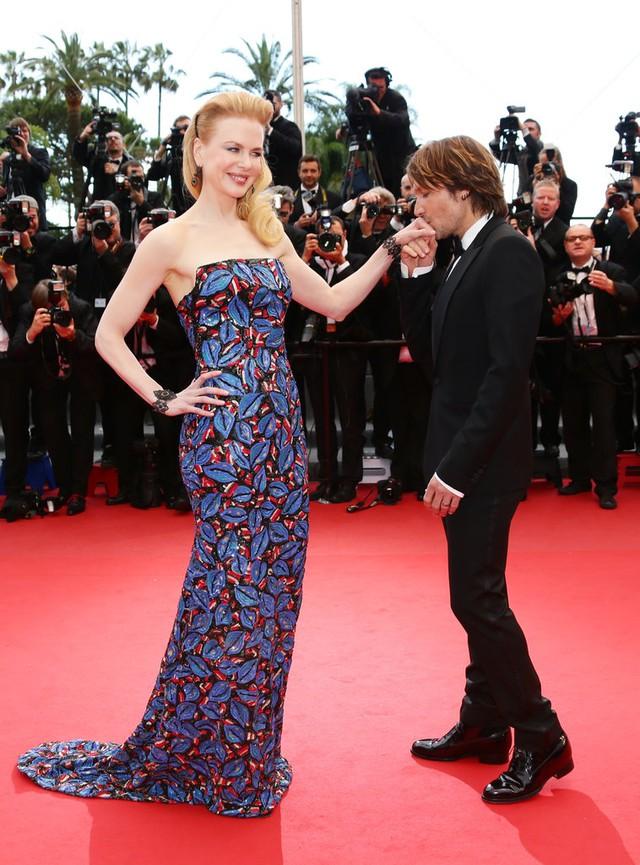 Tới LHP Cannes năm 2013, Nicole xuất hiện đầy ngọt ngào bên người chồng thứ 2 - ca sĩ nhạc đồng quê Keith Urban.