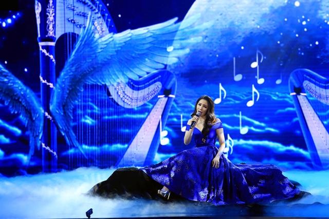Trong chương trình năm nay, ca sĩ của bản hit Anh sẽ thể hiện ca khúc Hallelujah.