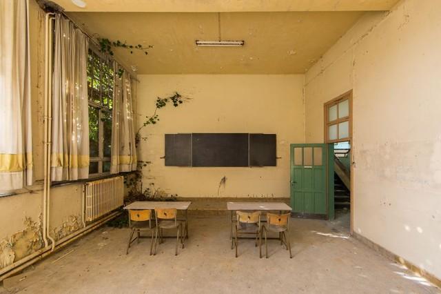 Trường học cũ ở Bỉ