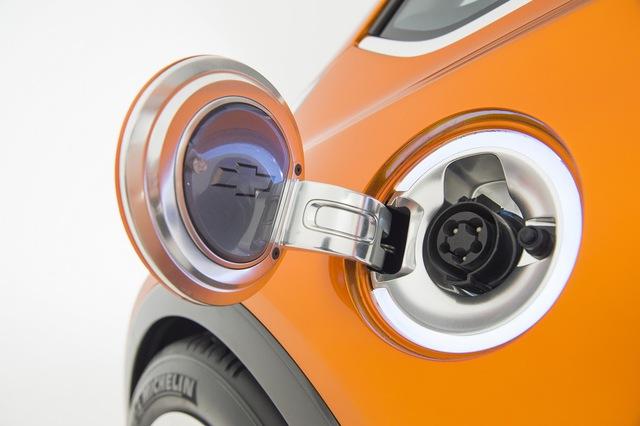 Chevrolet Bolt EV được tích hợp công nghệ sạc nhanh