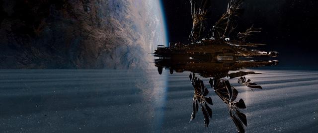 Những cảnh ngoài không gian rất có chiều sâu, khiến khán giả như đắm chìm trong không gian 3D của bộ phim.