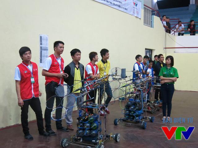 Các đội tuyển chuẩn bị trước khi bước vào thi đấu