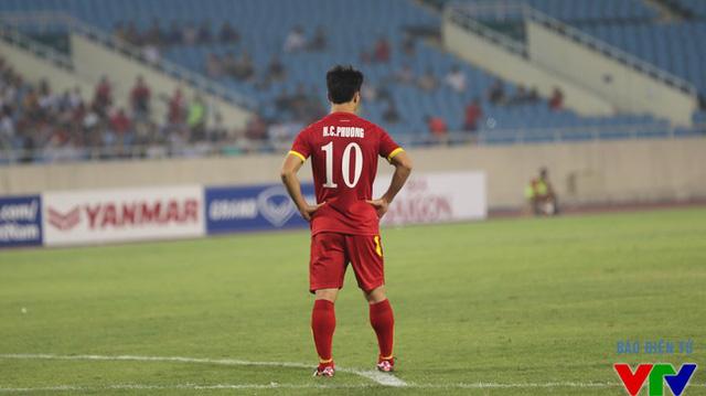 Công Phượng tiếp tục tranh danh hiệu Cầu thủ trẻ xuất sắc cùng người đồng đội Tuấn Anh
