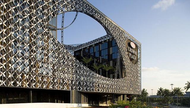 Vẻ ngoài hiện đại của khách sạn sang trọng bậc nhất Singapore.