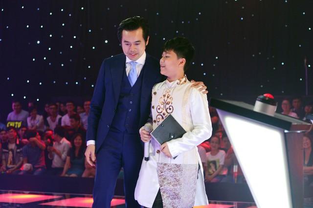 Thí sinh Trần Quang và HLV Dương Khắc Linh
