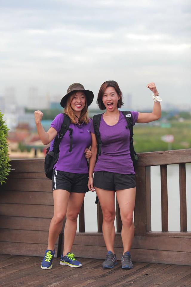 Hai cô bạn thân Nguyễn Phương Ly và Nam Joo Young.