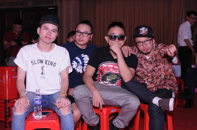 Bốn chàng trai nhóm PB Nation