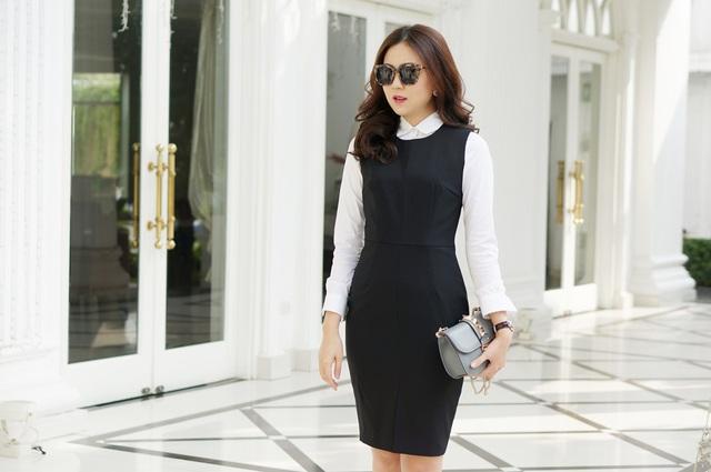 Tuy nhiên, Mai Ngọc chia sẻ cô muốn biến những trang phục công sở trở nên nhẹ nhàng, nữ tính và quyến rũ hơn.