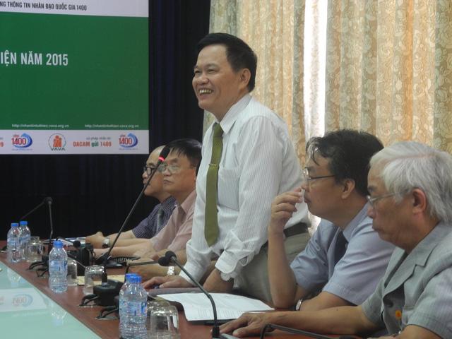 Đại tá Lê Cường tuyên bố lý do, giới thiệu đại biểu