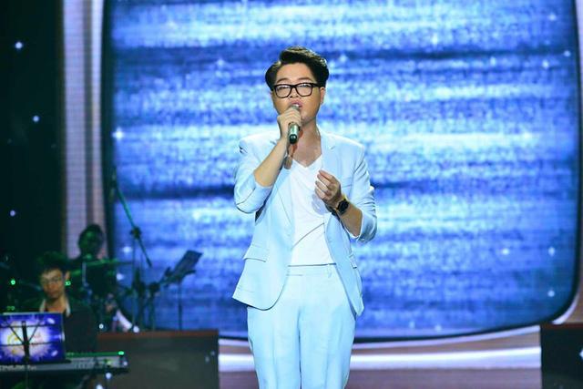 Chỉ một câu là một ca khúc của tác giả Phạm Toàn Thắng. Trước khi xuất hiện trên sân khấu BHV, ca khúc này đã được Đức Phúc lựa chọn quay MV đầu tay.