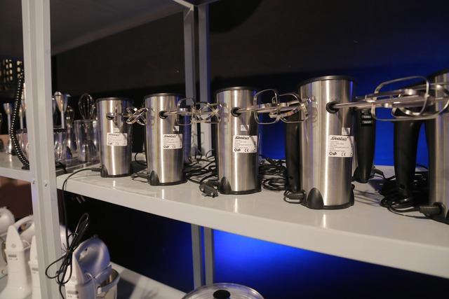 Các loại máy hiện đại được chuẩn bị cho các thí sinh.