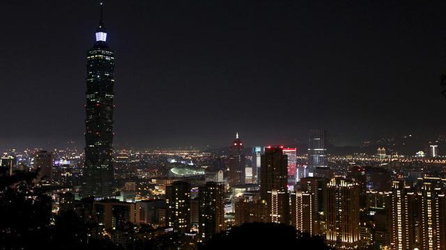 Tòa cao ốc 101 tầng tại Đài Bắc tắt đèn Giờ Trái đất.